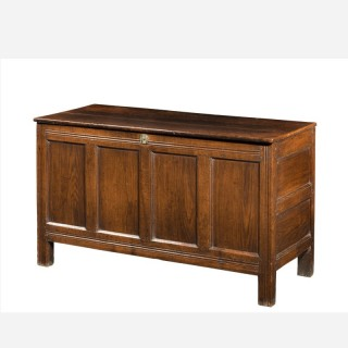 Early 18th Century Oak Kist the Interior with a Fitted Candle Box