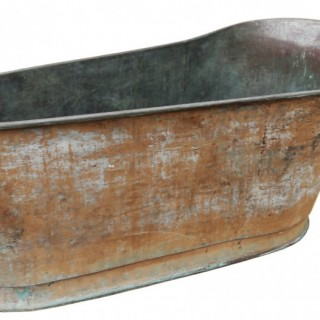 A Reclaimed Copper Bateau Bath