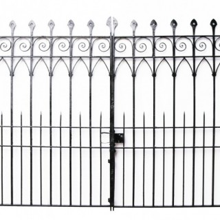 A Set of Reclaimed Wrought Iron Driveway Gates 10′3