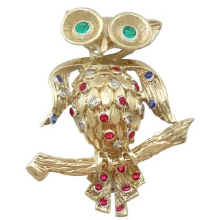 0.35 ct Ruby, 0.14 ct Sapphire, 0.16 ct Emerald, 0.14 ct Diamond and 18 ct Yellow Gold 'Owl' Brooch - Vintage Circa 1960